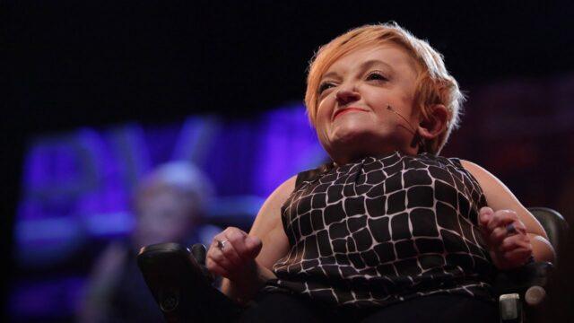 Stella Young nos cuenta que vivir con una discapacidad no es algo negativo, y no te hace excepcional